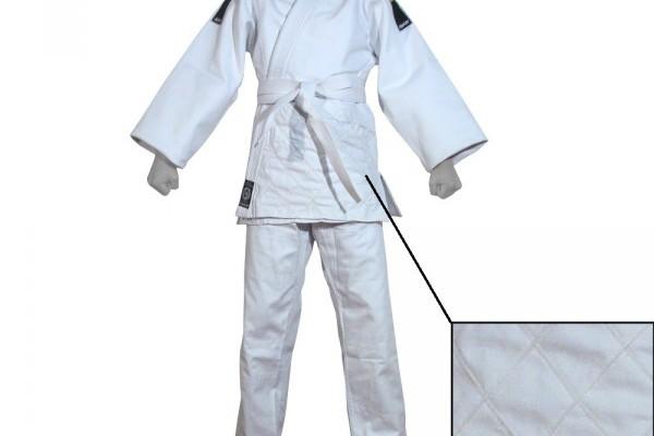 kwon-judoanzug-shimai-competition